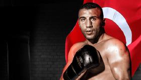 Milli sporcumuz Avni Yıldırım, Canelo Alvarez ile karşılaşacak