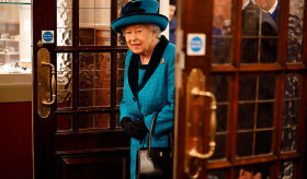 Kraliçe Elizabeth: Tamam mı? Devam mı?