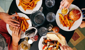 Sağlıksız yemeyi önlemenin 11 yolu