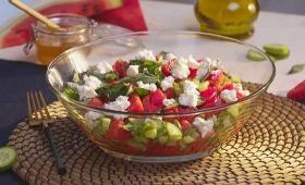 Karpuzlu salata