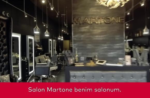 Çılgın Martone ailesi ile tanışın