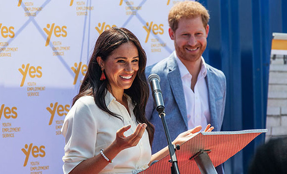 Meghan ve Harry'den kraliyete veda turu