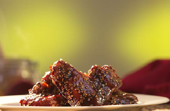 Fırında teriyaki soslu kanat